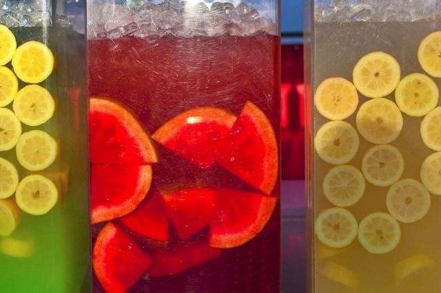 269_1jackiealpers_fruit_drinks_fair