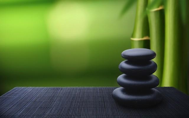 Bamboo-Stones-Zen-Meditation-537380