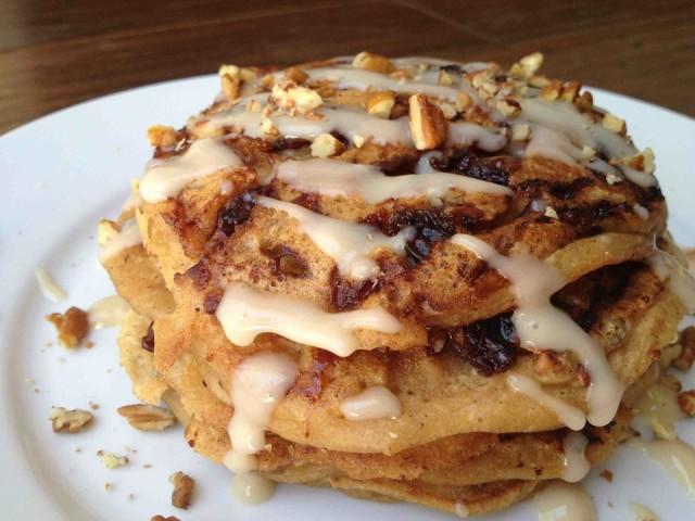 Cinnamon-Bun-Pancakes-