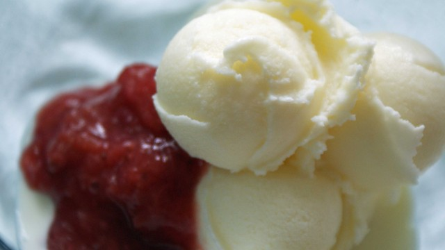 Rhubarb Compote w/ Ice Cream